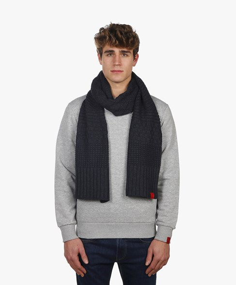 2002-BSC003-L204S | Knitted Scarf