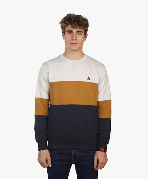 2002-BSW013-L008 | Colour Block Crew Neck Sweatshirt
