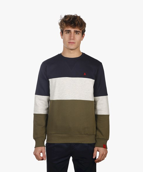 2002-BSW013-L008 | Colour Block Crew Neck Sweatshirt