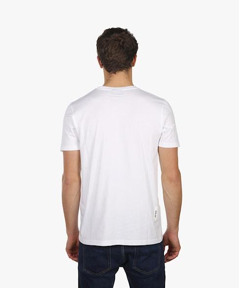BTS023-L001 | Simple White T-Shirt