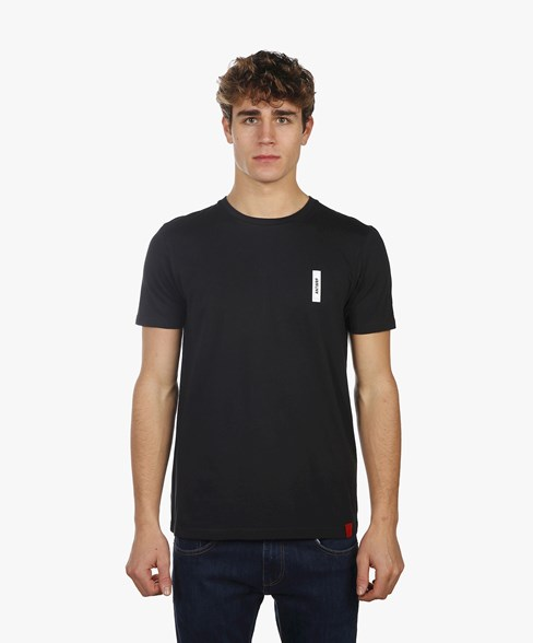 BTS024-L001 | Black T-Shirt