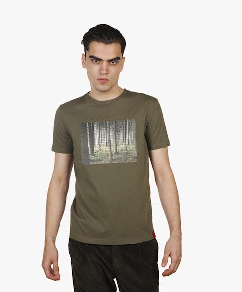 BTS067-L003S | WOODS T-Shirt